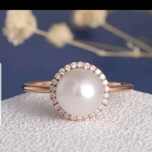 Reserved for: REVMKPB Fashion Rose gold pearl ring